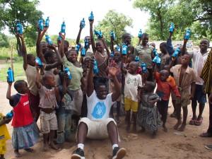 Photo by Amadu Salam Muni-Balonno & Hikaru Okamoto for GiveMeTap